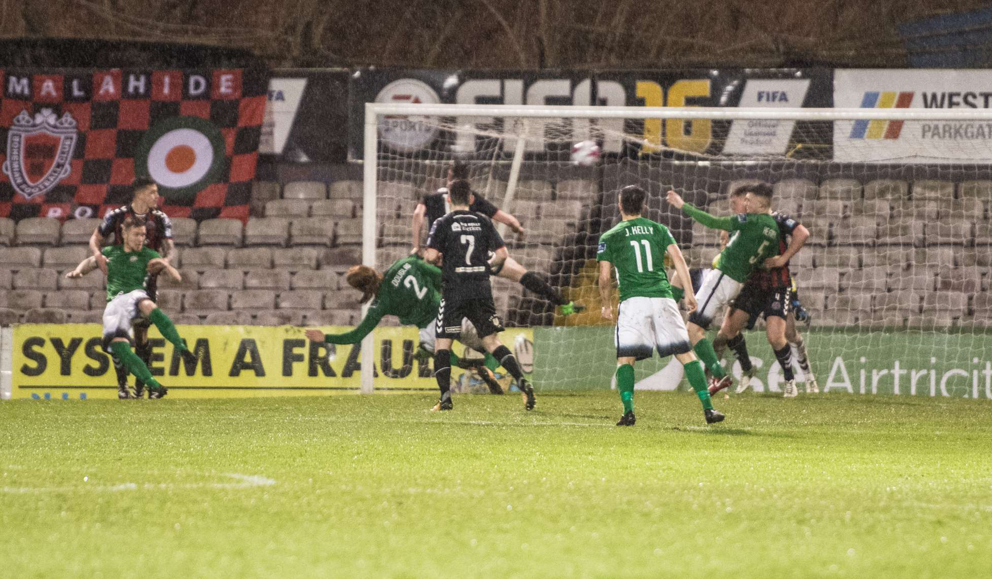 Douglas_and_Heaney_cause_panic_in_the_Bohs_defence