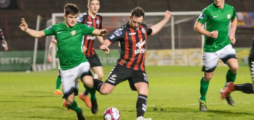 Late goal denies Wanderers a point