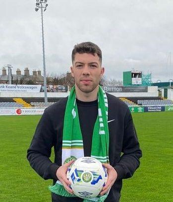 Sean Callan joins Wanderers